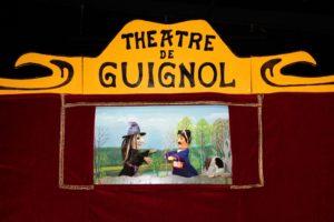 Spectacle de Guignol à l'école