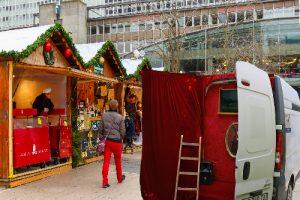 spectacle guignol marché de Noël Paris